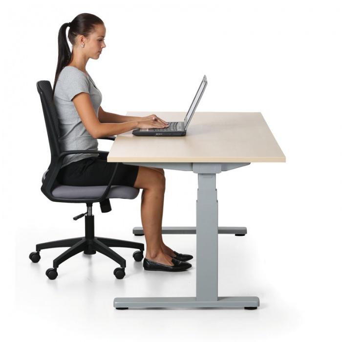 stol-zena-stolicka-notebook-kancelaria